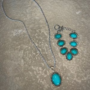 TURQUOISE NECKLACE AND MATCHING BRACELET